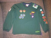 Cubs jumper and t-shirt
