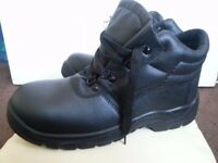 Safety shoes size 45 NEW