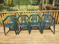 4 GREEN PLASTIC GARDEN CHAIRS VERY GOOD CONDITION