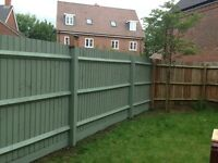 Landscape Gardener doing fence Painting/Decking/moss removal- ,clean tidy job/online qoute