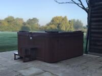 Outdoor Jacuzzi for sale