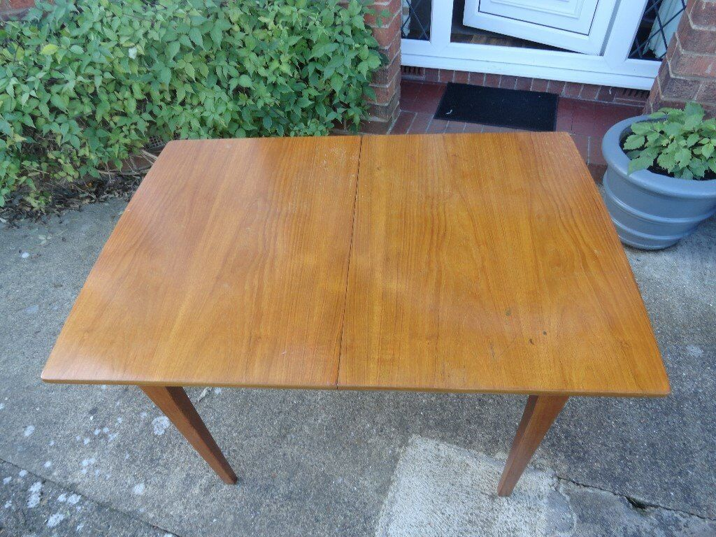 Retro Extending Dining Table Retro Extending Dining Table 4 Chairs In Willerby East