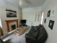 Big double room to rent in Ingrow road