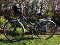 Schwinn voyageur ladies bike