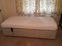 Single adjustable bed with memory foam mattress