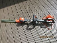 Telescopic Hedge Trimmer