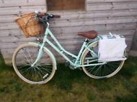 Victoria Pendleton mint green ladies bike