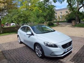 """Volvo V40 D3 Automatic, Zenons 7"""" Sat nav, Oncall, Self parking, winter pack and more."""