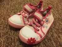 Cute canvas flower design shoes Size 8