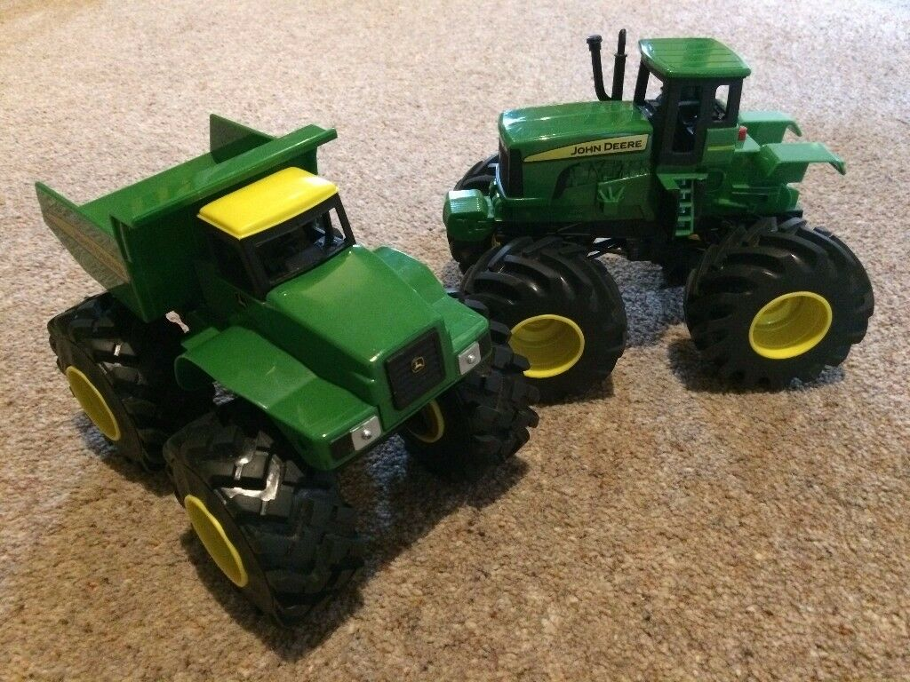 John Deere Monster Treads Shake and Sounds Dump Truck and Tractor.