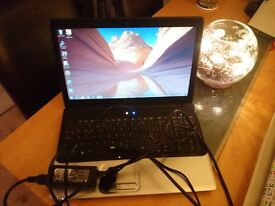 Compaq laptop, 500gb, 4gb Ram.£100