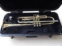 bach trumpet & Case Little use Bach Model TR300