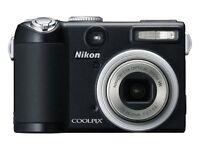 Nikon Coolpix P5000 10MP Digital Camera with 3.5x Optical Vibration Reduction Zoom