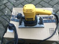 Dewalt sander for sale. 240v.