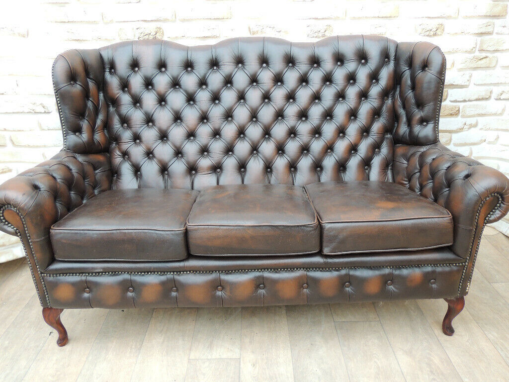 Chesterfield Leather Queen Anne Unique