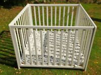 Playpen Baby Dan (white) with padded play mat