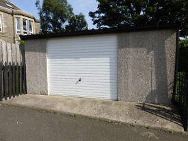 LARGE GARAGE IN LOCHEND - IDEAL FOR PERSONAL GYM
