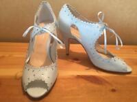 Rachel Simpson Bridal Shoes Size 5 (38)