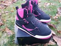 Ladies Jordan's size 6 brand new