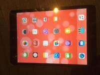 iPad Mini 16GB, Wi-Fi, Boxed, Good Condition