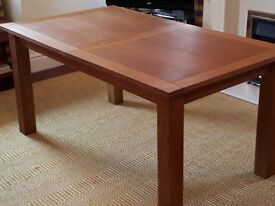Ex Next Oak Extending Dining Table, 6 Chairs, Coffee Table & 2 Lamp Tables