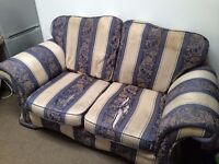 Free Sofa to collector - Very comfortable