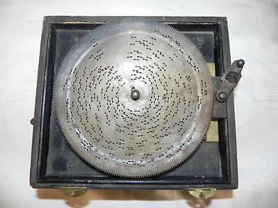 Spieldose - Symphonion Lochplatten-Spieldose um 1900 - 19x18 X12,5 cm  - Läuft