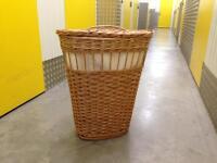 Wicker linen laundry basket