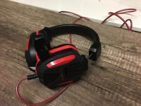Gaming headset with microphone and LED's