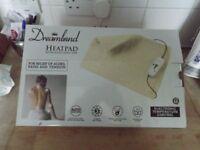 dreamland heat pad in good condition