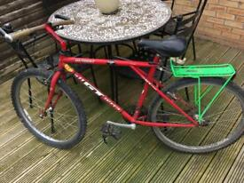 Gt outpost mountain bike adult