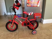 "12"" Toddler Apollo Fire-chief Bike with stabilisers"