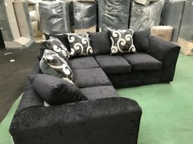 CLEARANCE SOFAS BRAND NEW