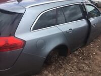 VAUXHALL INSIGNIA ESTATE 2.0 DIESEL GEARBOX ENGINE 2010 BREAKING FOR PARTS AND SPARES