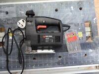 JIG SAW AND BLADES BLACK AND DECKER