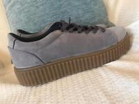 Size6 grey creeper trainer style shoe