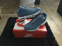 Nike air max 95 se size 7 brand new