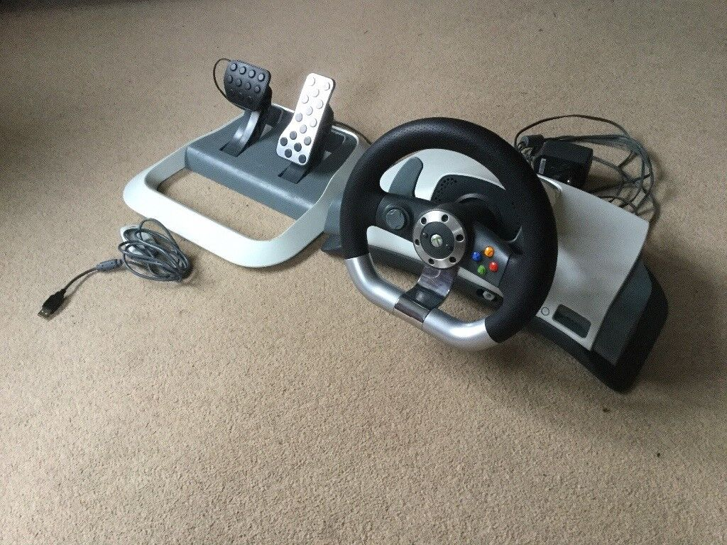 Xbox 360 Steering wheel and pedals with gaming seat