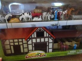 New Country Life Set Farm Play Set with New Tractor Farmhouse & Lots of Animals Only £20 ideal gift