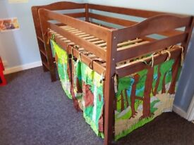 Izziwotnot Tempo Cabin Bed & Gruffalo Canopy Curtains.Very Good Condition