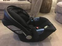 Silver Cross Simplicity Infant Carrier & Isofix Base