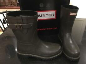 Hunter Balmoral Short Neoprene Wellington Boot UK10 brown