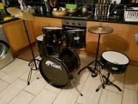 Tiger full size drum set