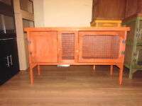 brand new 4ft rabbit hutch in cedar red