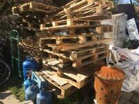Pallets free to uplift.