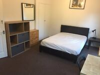 Stunning Double Room - Available now in Stepney Green