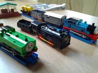 Thomas the tank engine Tomicaworld 7420 basic set and Thomas station set7406