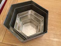 Hexagonal Aluminium Cake Tins in 5 graduating sizes