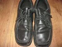 MENS KANGOL SHOES SIZE 6.5 ONLY WORN ONCE..