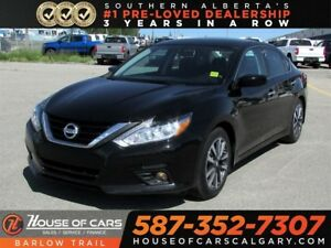 2017 Nissan Altima 2.5 SV / Back up Camera / Sunroof / Heated Se